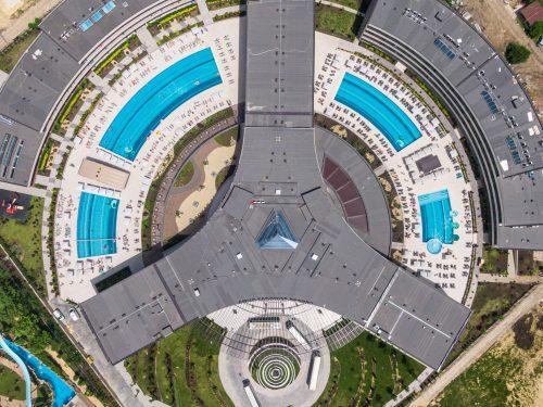 hotel_spaceship-2